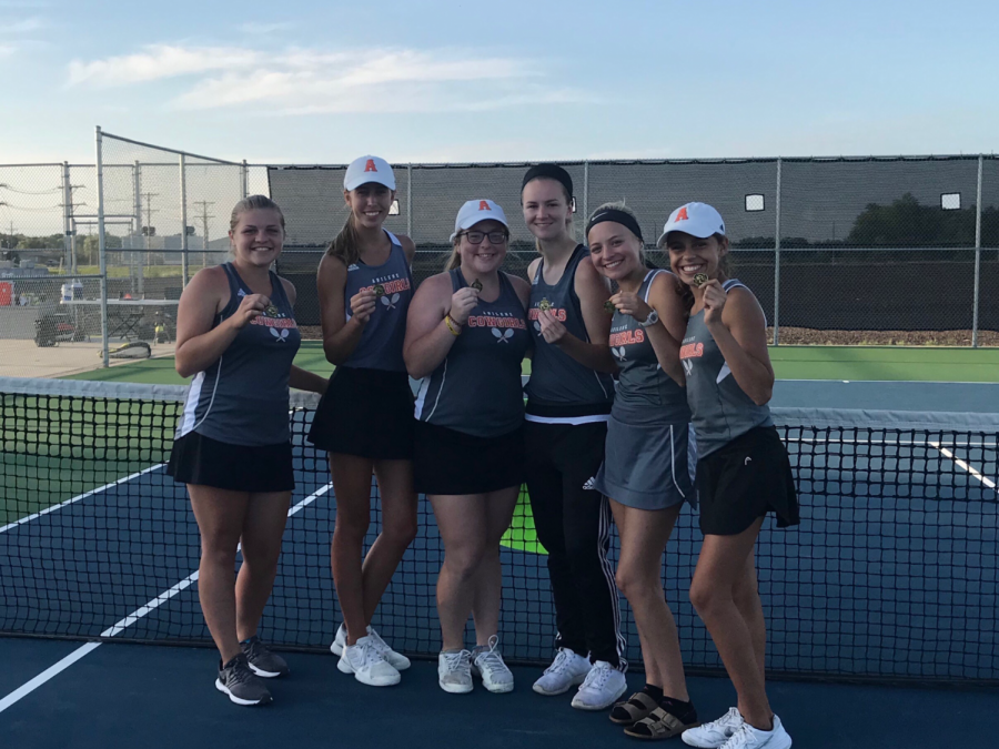 Girls' Tennis Serves Smoky Valley