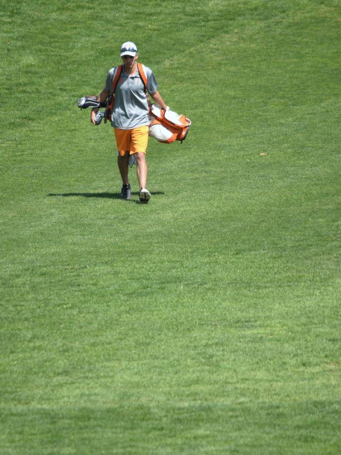 Golf+Team+Takes+on+Home+Golf+Meet