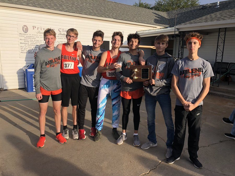 Varsity+Boys+XC+ran+their+way+to+a+win+at+Beloit