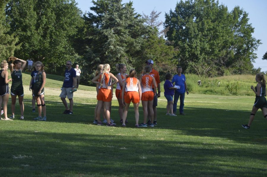 Abilene%27s+Girls+Team+gather+before+their+first+race.+Pictured+%28left+to+right%29+are+.+Photo%3A+Destiny+Sprouse.+